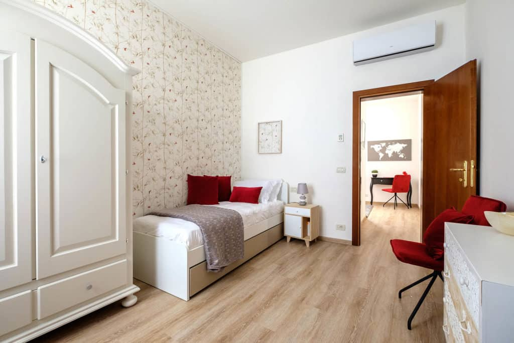 Luminous large double bedroom - Ai Turchesi Apartment