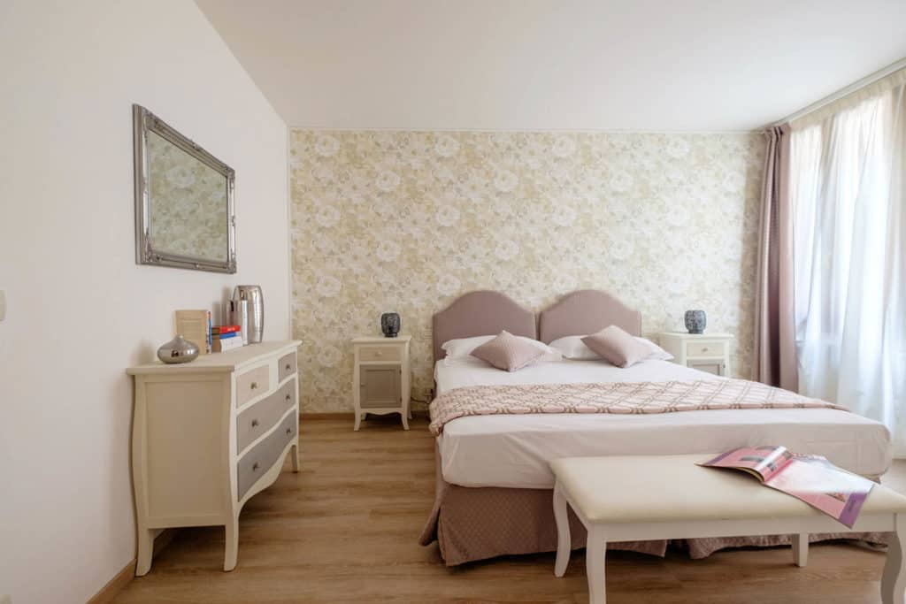 Entrance of large twin bedroom - Ai Turchesi Apartment