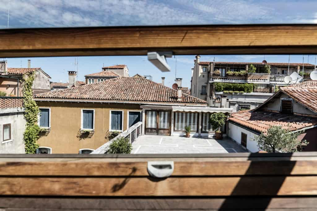 Panoramic view from the skylight with Venetian roofs - Altana Studio Apartment
