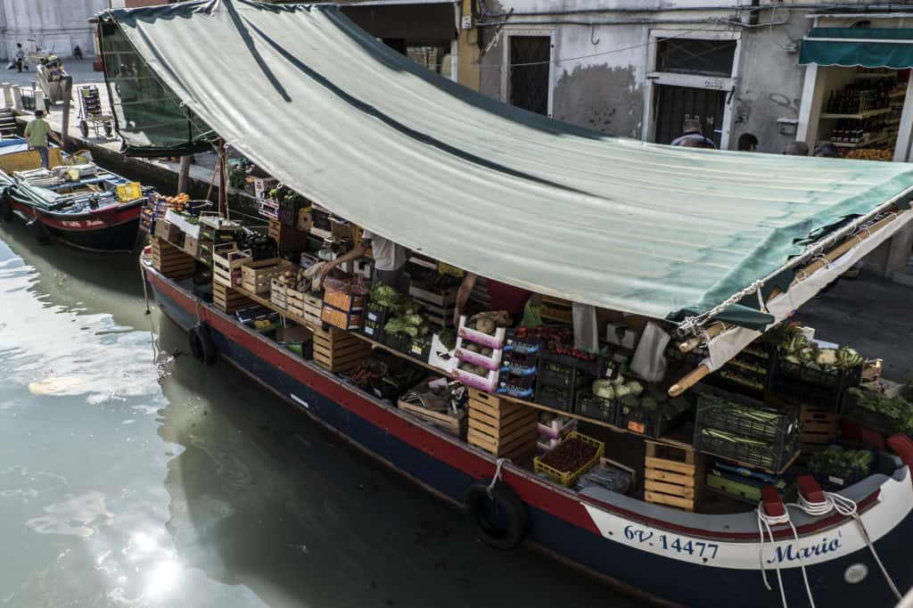Detail of the groceries boat in Campo S. Barnaba - Altana Studio Apartment