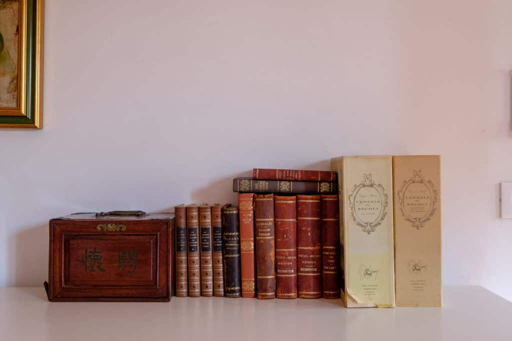 Antique books - Ca' Affresco 1 Apartment