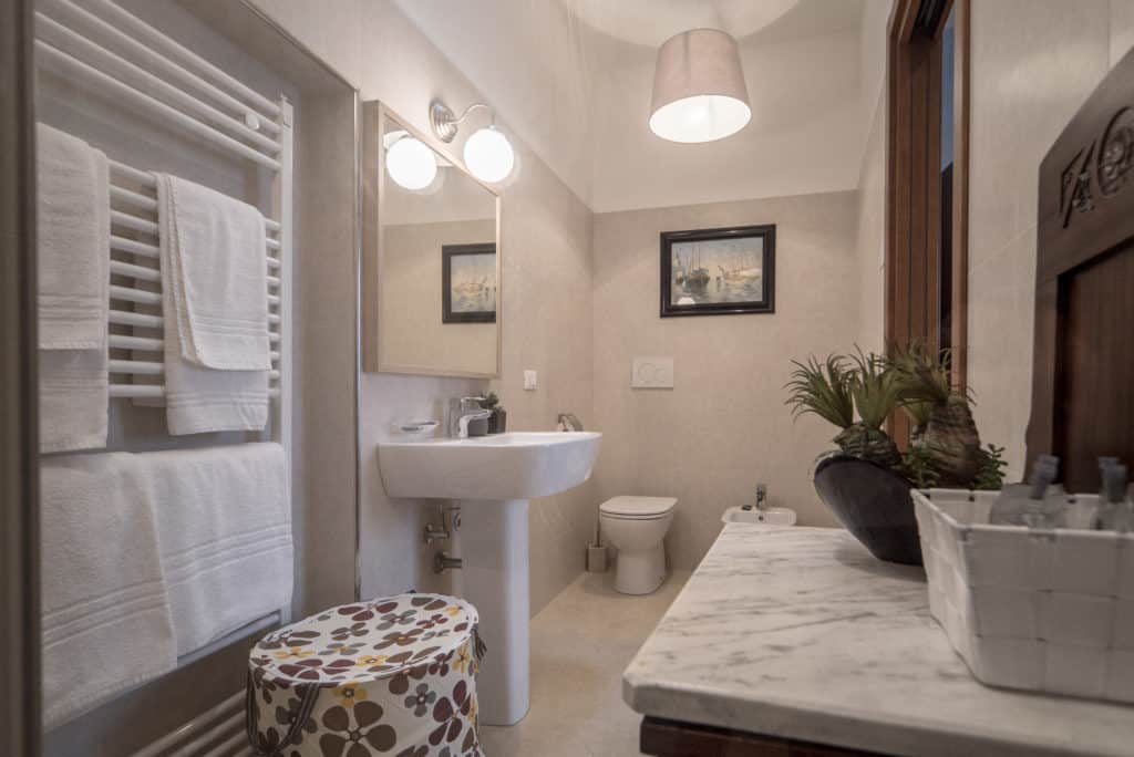 Modern bathroom - Ca' del Capitano Apartment