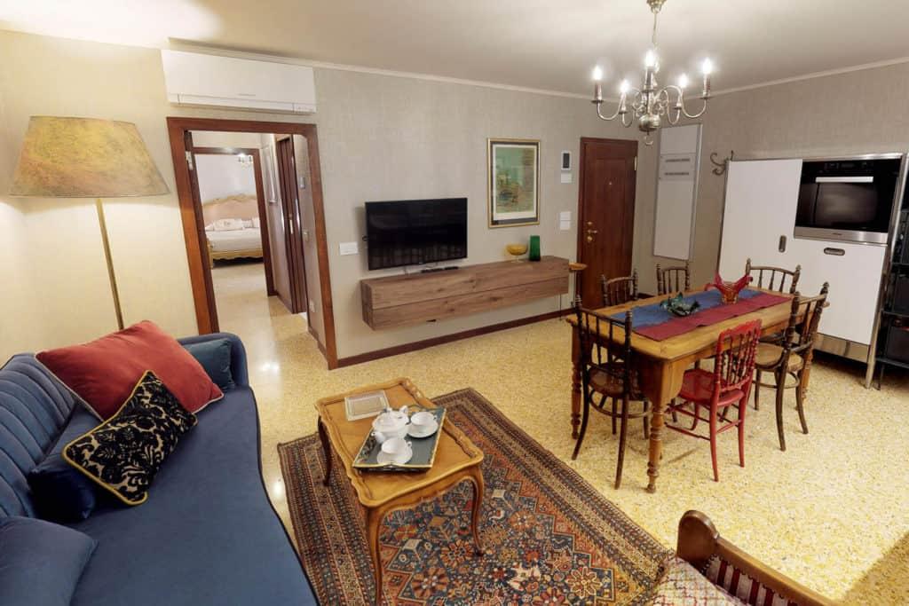 The Red House Company - Ca' Garzoni Moro - Murano Apartment
