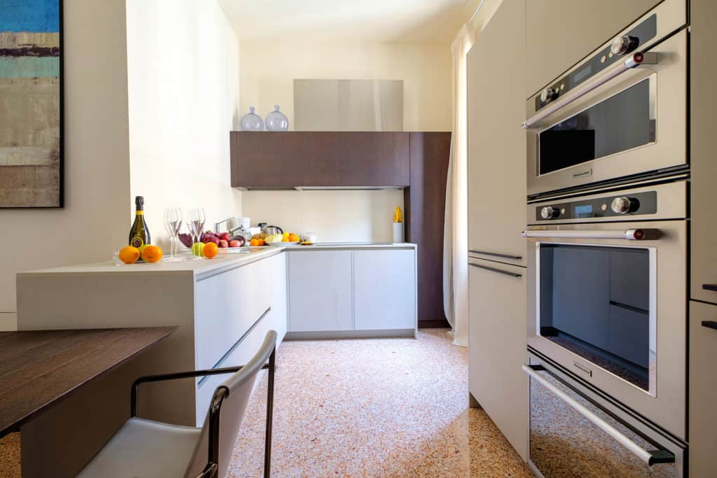 Open air kitchen with oven - Ca' Garzoni Moro - Salina Apartment