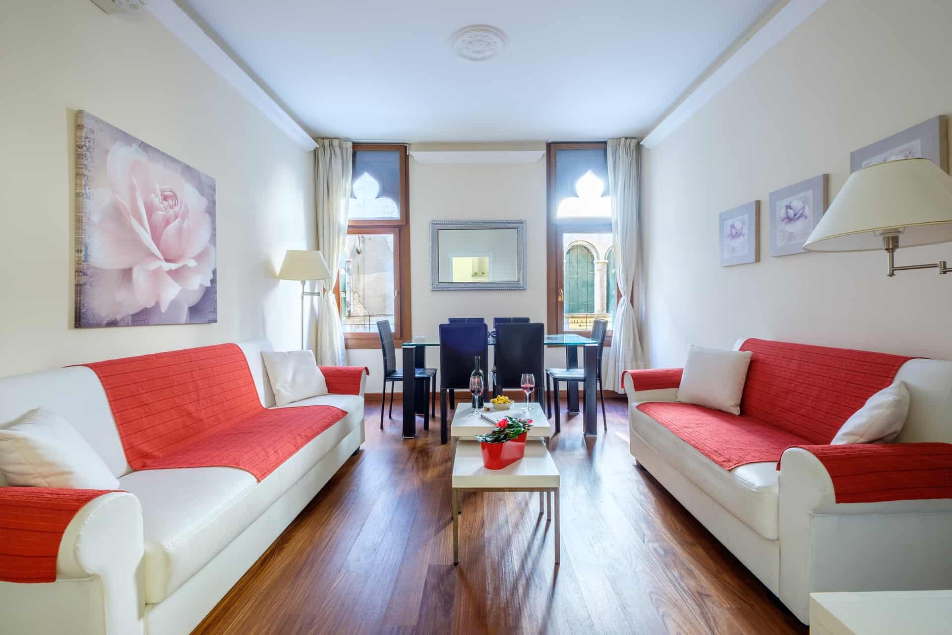 Luminous living and dining room - Ca' Rialtina Apartment
