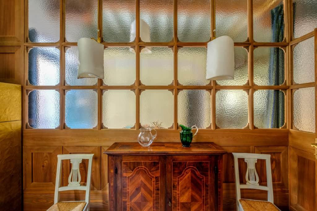 Vintage window and cabinet - Ca' del Ramo d'Oro Apartment