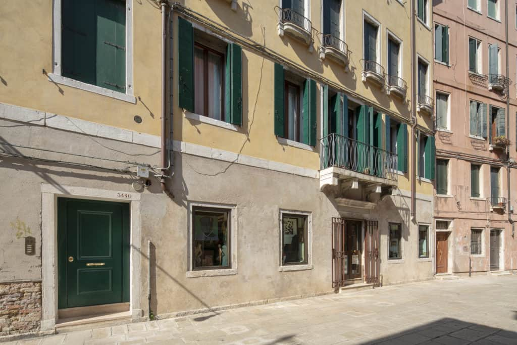 Street view of the apartment - Casa Graziosa Apartment