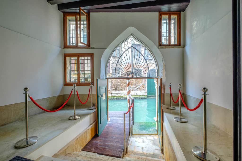 Water entrance - Palazzo Molin Massari Apartment