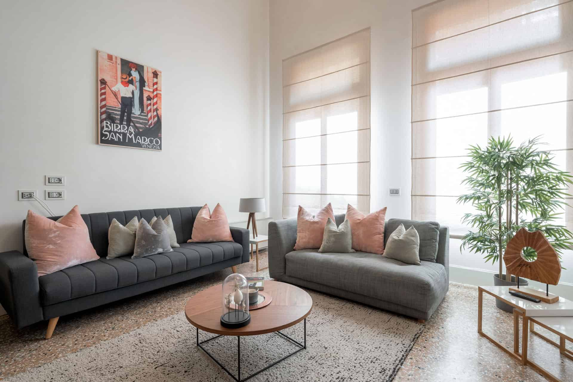 spacious living room left view - Palazzo MOlin Massati Apartment