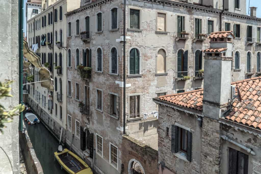 Panoramic view of the Venetian palaces from the terrace - Three Terraces Apartment